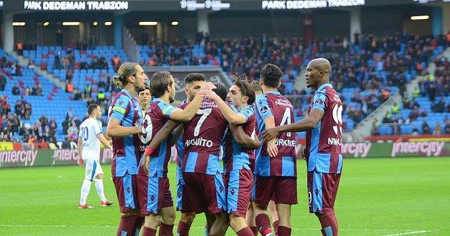 Trabzonspor'un transfer yasağı bulunuyor.