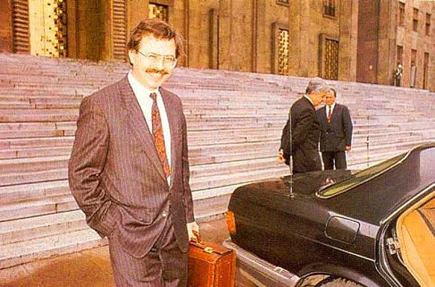 1993: ANAP İstanbul milletvekili Adnan Kahveci, eşi ve kızı, Bolu-Gerede yakınlarında geçirdikleri trafik kazasında öldüler; Kahveci'nin oğlu, kazadan yaralı kurtuldu.