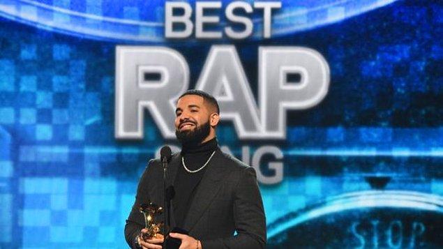 """En iyi rap şarkısı: """"God's Plan"""" (Drake)"""