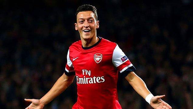 10. Mesut Özil | Aylık: 1.6 milyon euro
