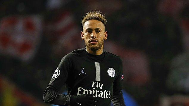 4. Neymar | Aylık: 3.1 milyon euro