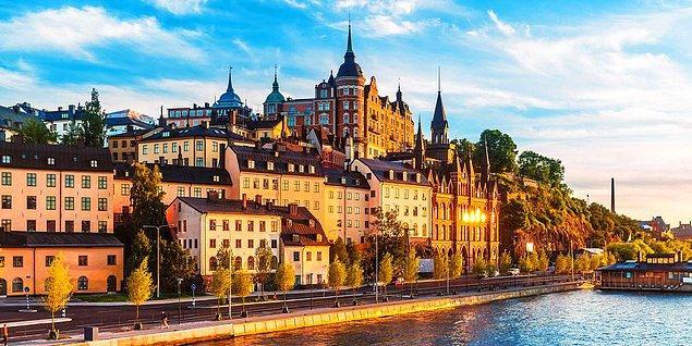 1. İsveç