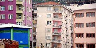 Onlarca Vatandaş Yıkılmak Üzere Olan Binalarda Oturuyor: 'Korku İçinde Yaşıyoruz'