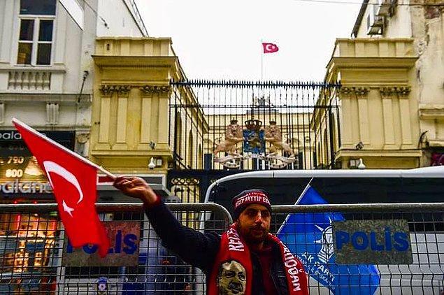 """""""Türklerin çıkarları için çalışıyorlar"""""""