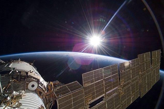 2. Uzay nasıl kokar?