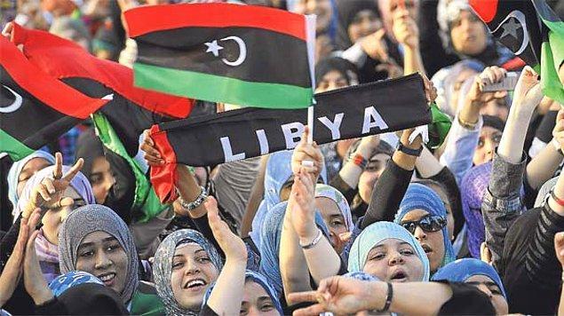 1994: Libya'da şeriat uygulamasına geçildi; İslami takvim uygulanmaya başlandı.