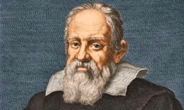 """1632: Galileo'nun, """"İki Kainat Sistemi Üzerine Konuşmalar"""" adlı eseri yayımlandı."""