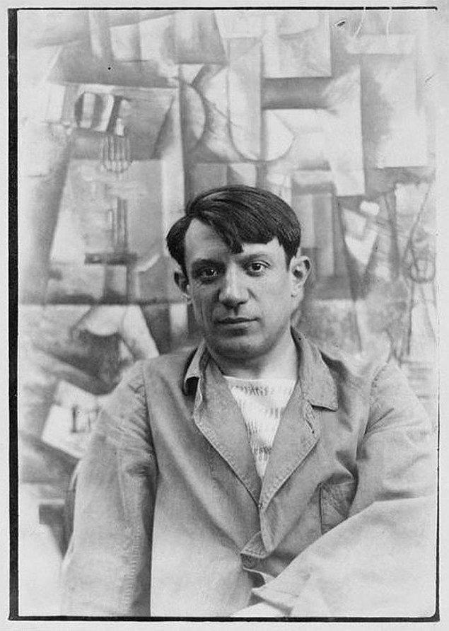 20. Pablo Picasso ve tabancası