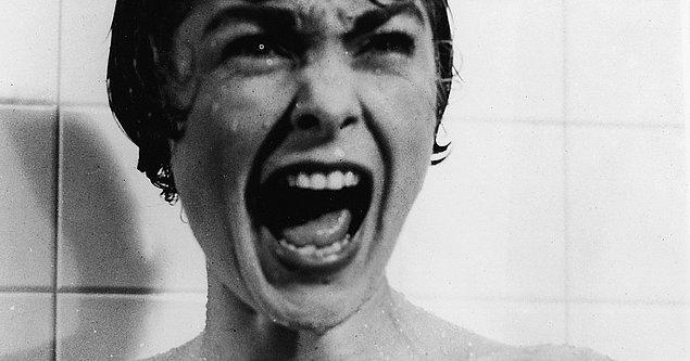"""1. Alfred Hitchcock korku filmi """"Sapık'ı"""" insanların filmi komedi olarak göreceğine inanarak yaratmıştır."""