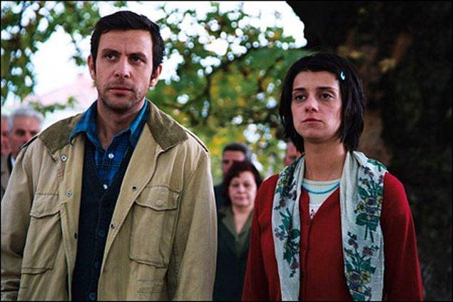 9. Çalıntı Gözler(2005) - IMDb: 7.2