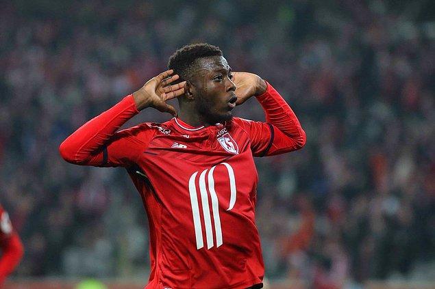 Fransa futbolunda bu sezon, Mbappe'nin yanı sıra Fildişi Sahilli futbolcu Pepe de üstün performansıyla öne çıkıyor.