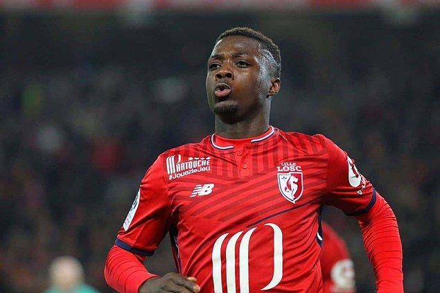 Sezon başında Angers takımından 10 milyon avro bonservis bedeli karşılığında Lille'in renklerine kattığı Nicolas Pepe, sağ kanatta oynamasına rağmen ligde 16 gol ve 10 asistle takımının başarısında önemli rol oynadı.