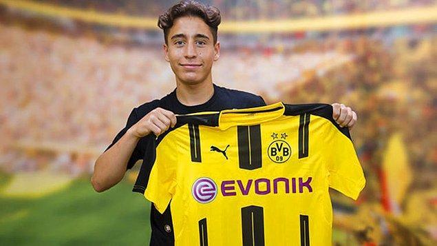Gösterdiği performansla Avrupa devlerinin transfer listesine girmeyi başaran Emre, Borussia Dortmund'a 9.7 milyon euro karşılığında transfer oldu.
