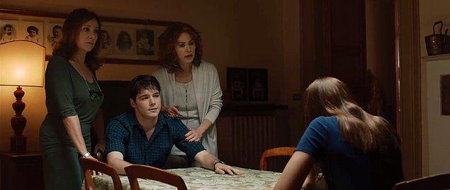 7. Allaciate Le Cinture - Kemerlerinizi Bağlayın (2014) IMDb: 6,6