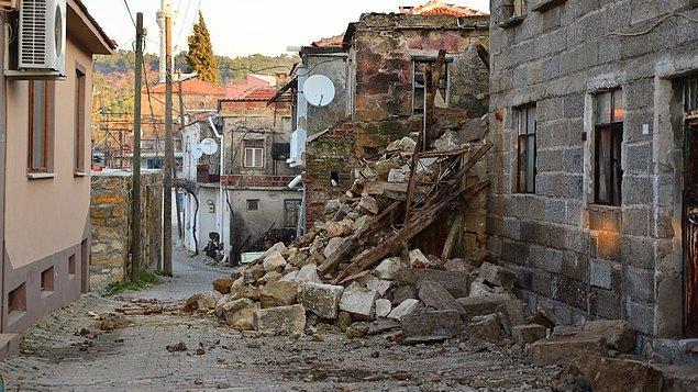 Çevre ve Şehircilik Bakanı Murat Kurum: Ayvacık'ta 85 konut hasar gördü