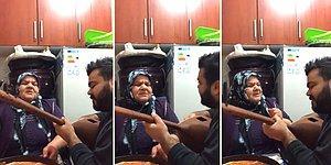Oğluyla Birlikte Kulakların Pasını Silen Teyzeden Muhteşem 'Damarımda Kanımsın' Performansı