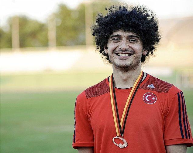 Kendini kanıtlayan Barış, Türkiye'nin milli ampute futbol takımına da girmeyi başardı.