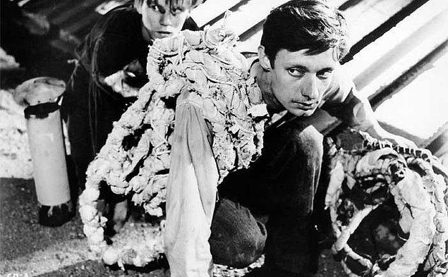 5. Bir İdam Mahkumu Kaçtı (1956) A Man Escaped