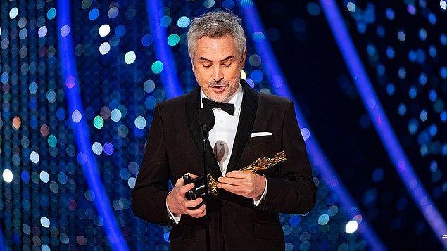 """Meksikalı yönetmenler Oscar'a damga vurmaya devam etti: """"En İyi Yönetmen Ödülü"""" """"Roma"""" filmiyle Alfonso Cuaron'a verildi."""