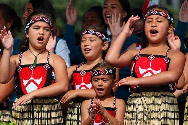 9. Maori Halkı