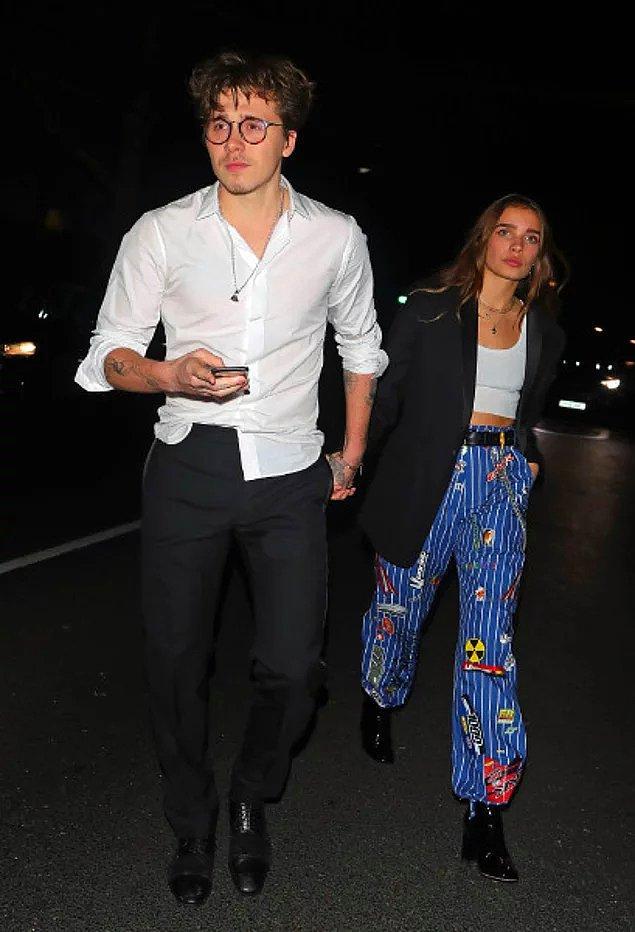 Brooklyn Beckham ve model sevgilisi Hana Cross, Moda Ödülleri'nden sonra düzenlenen bir partiden el ele çıkarak aşklarını tüm dünyaya duyurmuştu.