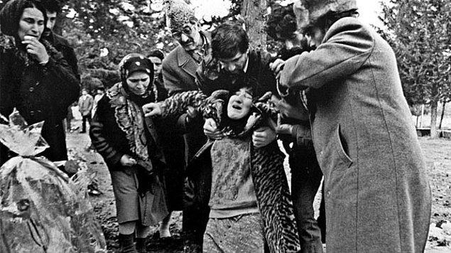1992: Hocalı Katliamı.