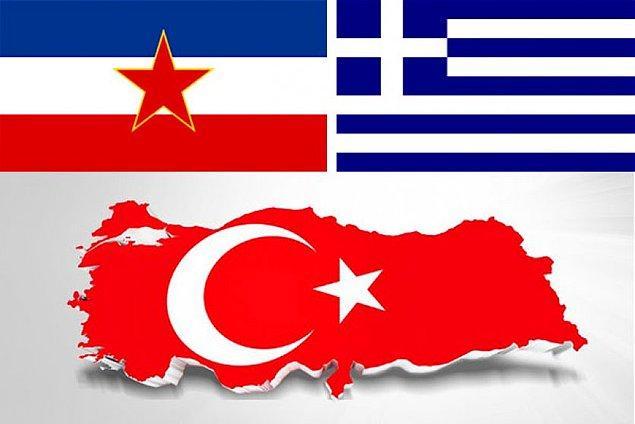1953: Türkiye, Yunanistan ve Yugoslavya arasında, Balkan Paktı adıyla Dostluk ve İşbirliği Antlaşması, Ankara'da imzalandı.