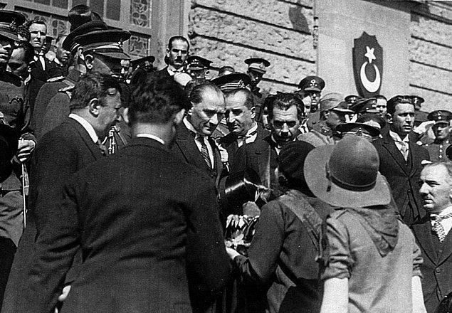 1935: TBMM, 5. dönem çalışmalarına başladı.