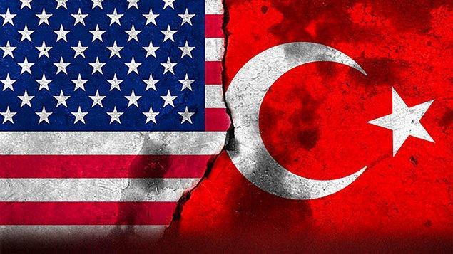 """1976: Türkiye ile Amerika Birleşik Devletleri arasında, """"Savunma İşbirliği Anlaşması"""" imzalandı."""