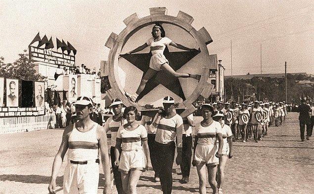 3. Atlet geçidi, 1938.