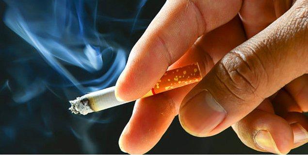 Sigarayı bırakın! Yapılan araştırmalar makula dejenerasyonunun başlıca sebeplerinden birinin sigara kullanımı olduğunu ortaya koyuyor.