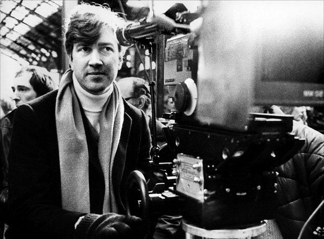 8. David Lynch (1946 - )