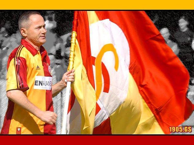 9. Bir de Galatasaray'ın 135 bin Mark borcu vardı bana. Ödemediler. Çek verdiler, karşılıksız çıktı. Bilmiyordum ki çek ne demek... Mahkemelik olduk. Alp Yalman, tesislere girmemi yasakladı.
