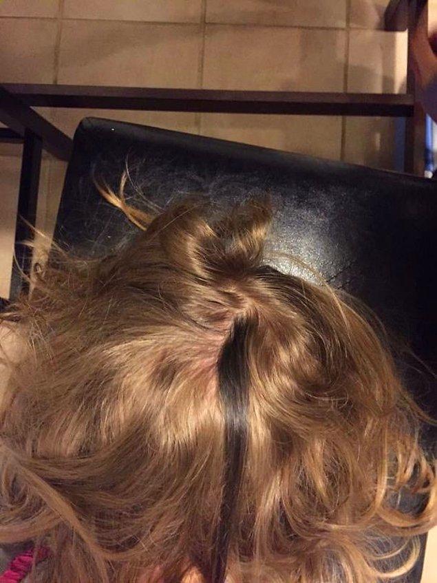 """12. """"Çocuğumun bir tutam koyu renk saçı bulunuyor."""""""