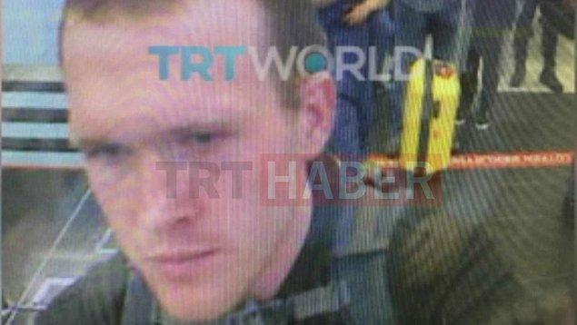 TRT Haber, terör saldırısını düzenleyen Brenton Tarrant'ın Türkiye'ye giriş anının görüntüsünü paylaştı