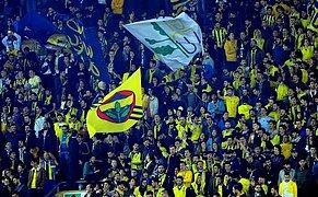 Fenerbahçe ve Sivasspor Taraftarları Tek Bir Ağızdan Teşvik Tekbiri Getirdi!