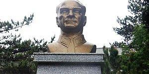 Silahla Ateş Etmiş, Molotof Kolteyli Atmıştı: Atatürk Büstüne Saldırıda 18 Yıl 8 Ay Hapis Cezası