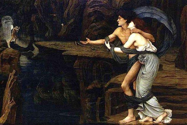 Bu yetenekli müzisyen günün birinde güzeller güzeli bir peri kızı olan Eurydike'ye aşık olur, iki genç hemen evlenip mutlu bir yuva kurarlar. Orpheus karısına büyük bir aşkla bağlıdır...