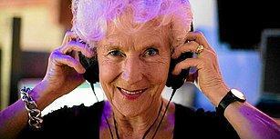 Polonya'da Yaşayan 80 Yaşındaki Wirginia Szmyt, Gece Kulüplerinde DJ'lik Yapıyor