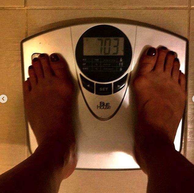 Neslihan Erdoğan bu sürece 70.1 kg olarak başladı. İlk hafta sonunda 68 kg'ı görmeyi başardı!