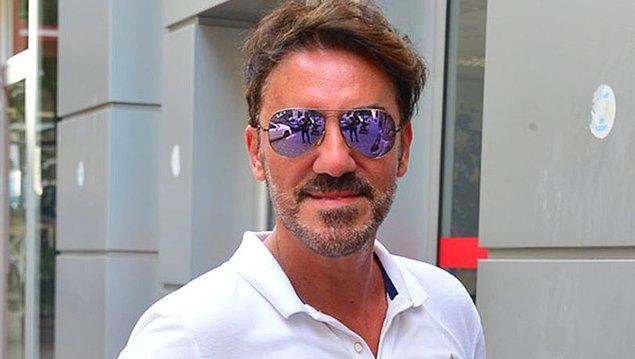 """Faruk K ise 2002'de şarkıyı ikinci albümüne aldı. Bir röportajında ise """"Ben Azar Azar ile tanındım ama bana festivallerin kapısını açan Honki Ponki oldu. O şarkının parasıyla apartman aldım."""" dedi."""