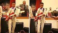 Oğlu Sahnede Gitar Çalarken Gururundan Havalara Uçan Babanın Efsane Anları