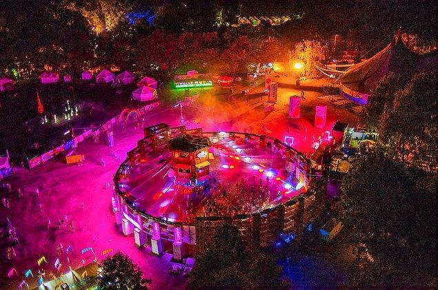 Samsung Colosseum Arena, bu yıl yine muhteşem DJ'leri ağırlıyor...