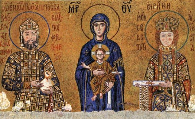 10. Bizans imparatorlarının yarısı, on yıldan daha kısa bir süre hükümdarlık yapabildiler. 324-1453 yılları arasındaki 89 Bizans imparatorunun 48 tanesinin hükümdarlık süreleri on yıldan azdır.