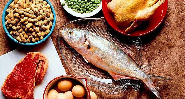 2. Protein açısından zengin, düşük karbonhidratlı bir diyet uygulayın.