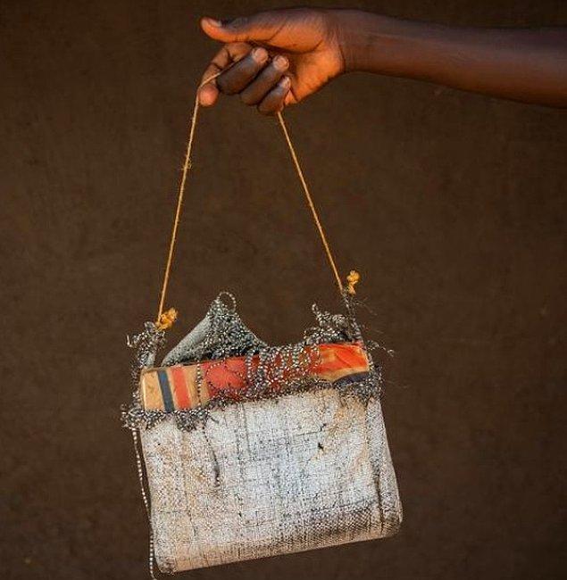 5. Moda tasarımcısı olmak isteyen bir kızın ilk el yapımı çantası: