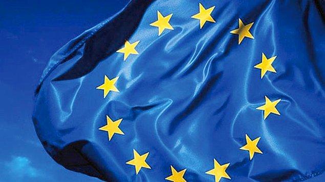1950 - Avrupa Günü, 1950'de Robert Schumann, Avrupa'nın güvenliği için kaçınılmaz olan birleşik bir Avrupa fikrini ortaya çıkardı.