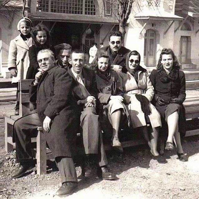 3. Sabahattin Ali, Orhan Veli, Bedri Rahmi Eyüboğlu ve Güzin Dino, İstanbul, 1943.