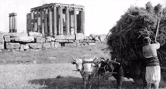 16. Zeus Tapınağı, Kütahya, 1920.