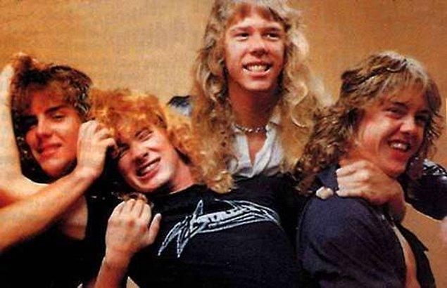 Sabrı taşan Metallica üyeleri arabayla bir otobüs terminaline götürüp Los Angeles otobüsüne bindirdiler. Artık Metallica'dan kovulmuştu.